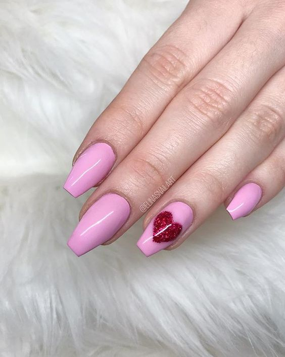 Pink with Glitter Heart nails design