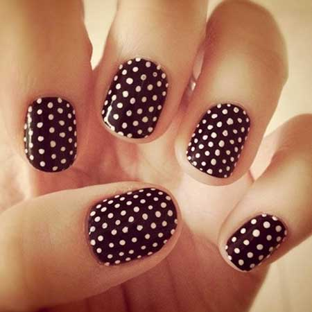 Really Cute Polka Dot Nails