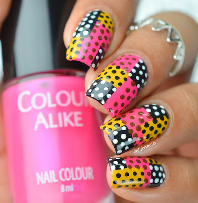 Checkers Polka nail Design