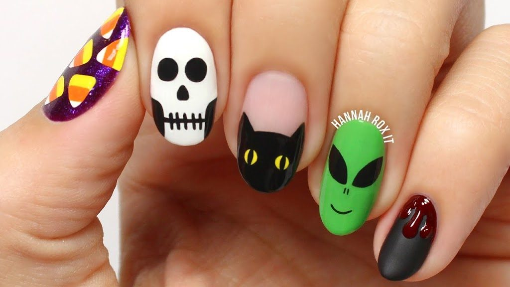 Aliens cats and monsters acrylic nail