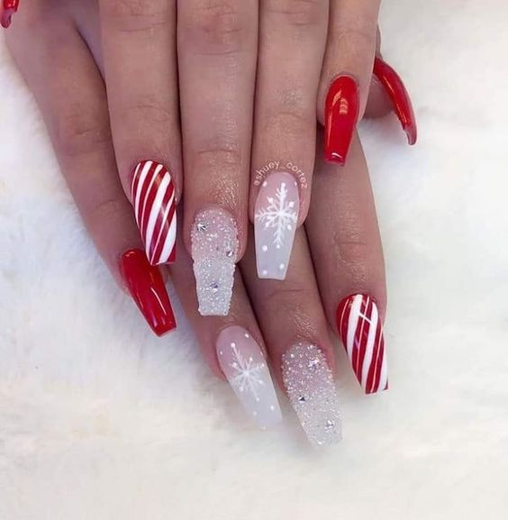 candy stripe nails design for Christmas and winter nails
