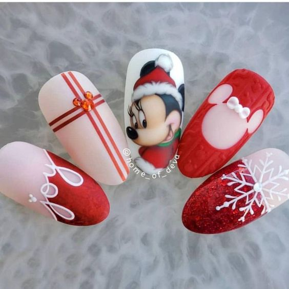 Christmas nails designs, mickey mouse