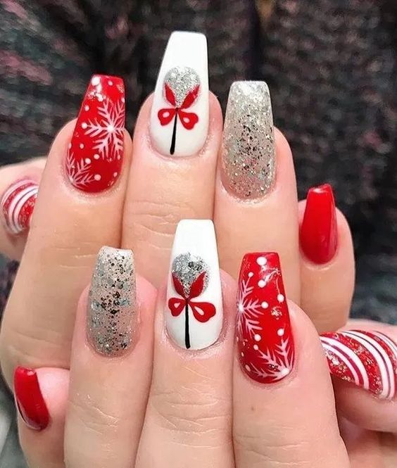 Christmas nails designs, red and white nail polish