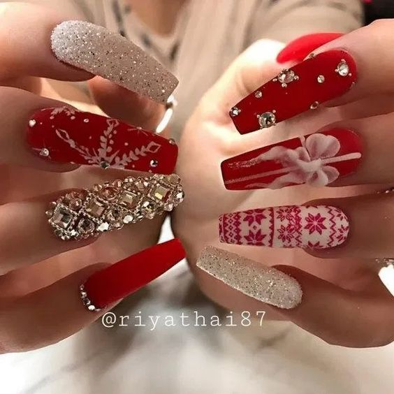long christmas nails with designs